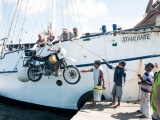 The Darien Gap, part 2: when the motorcycle takes a ride at sea